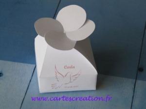 Bonbonnières de dragées blanches - Bonbonnières de dragées sans ruban personnalisées