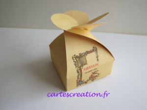 Bonbonnière de dragées médiévale - Baptême - cartescreation.fr